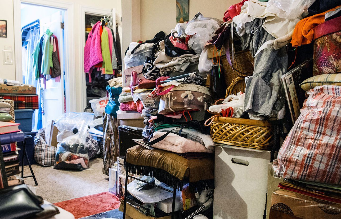 Green Guys Junk Removal provides Hoarder clean outs in marietta ga